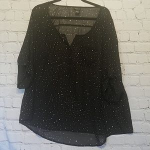 Torrid top black white star print poly size 2